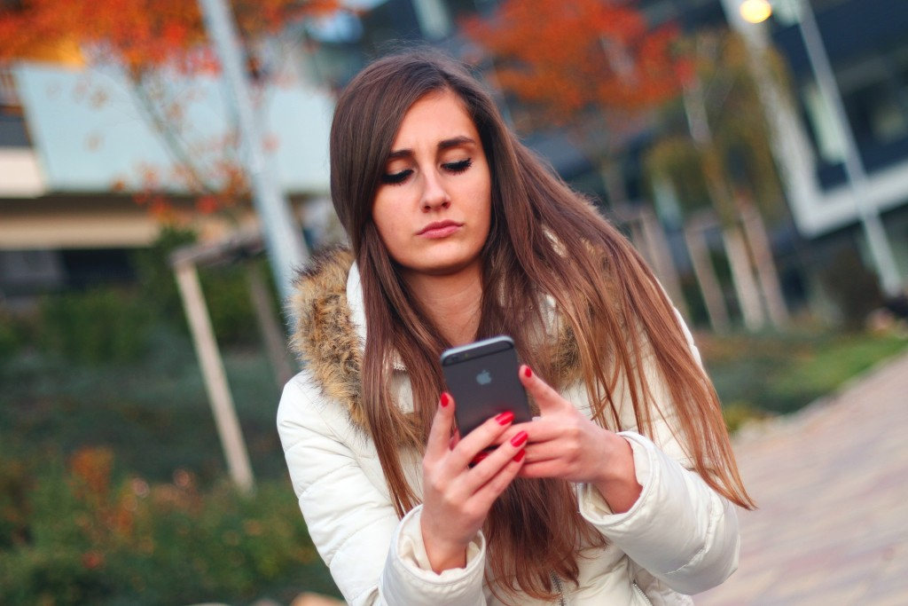 Text Woman 2