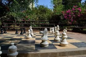 Chess outside